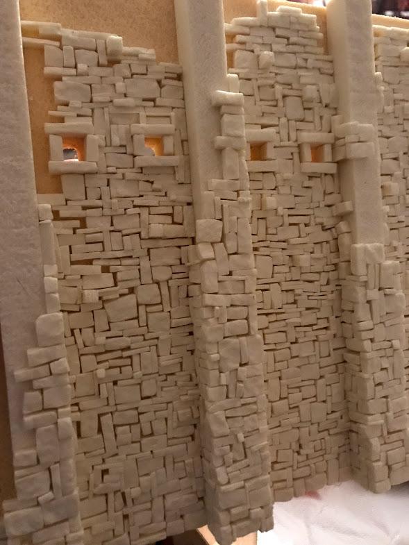 costruzione di una roccaforte fantasy - parete in pietra