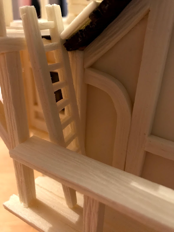 scaletta di comunicazione dei due terrazzi della townhouse tutorial costruzione modellismo e diorami fantasy