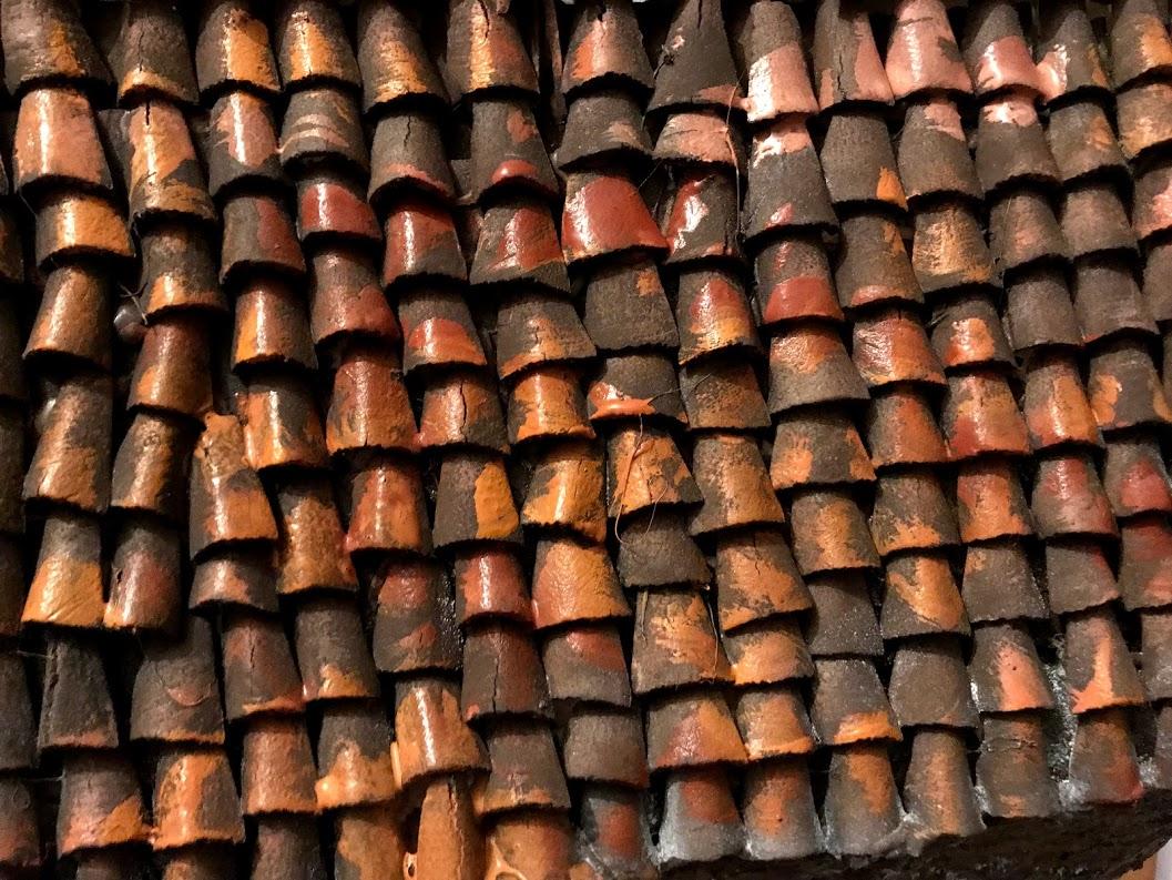 pittura del tetto in coppi per rudere di campagna